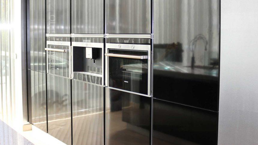 electrodomesticos-negros-cocina